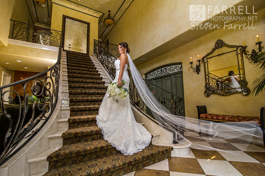 Arden-Hills-Wedding-by-Farrell-Photography-Sacramento-Wedding-Photographers-Staircase-Villa-2015-IMG_7062