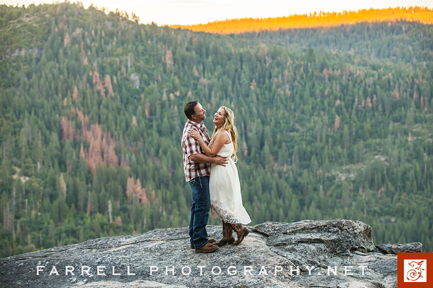 Hunting-Engagement-Sierra-Engagement-Session-Kirkwood-Wedding-by-Steven-farrell-of-Farrell-Photography-8220