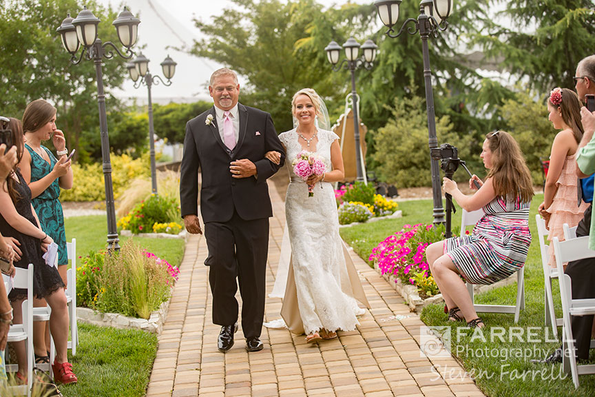 Willow-Creek-Events-Wedding-in-Browns-Valley-by-Steven-Farrell-of-Farrell-Photography-IMG-5265