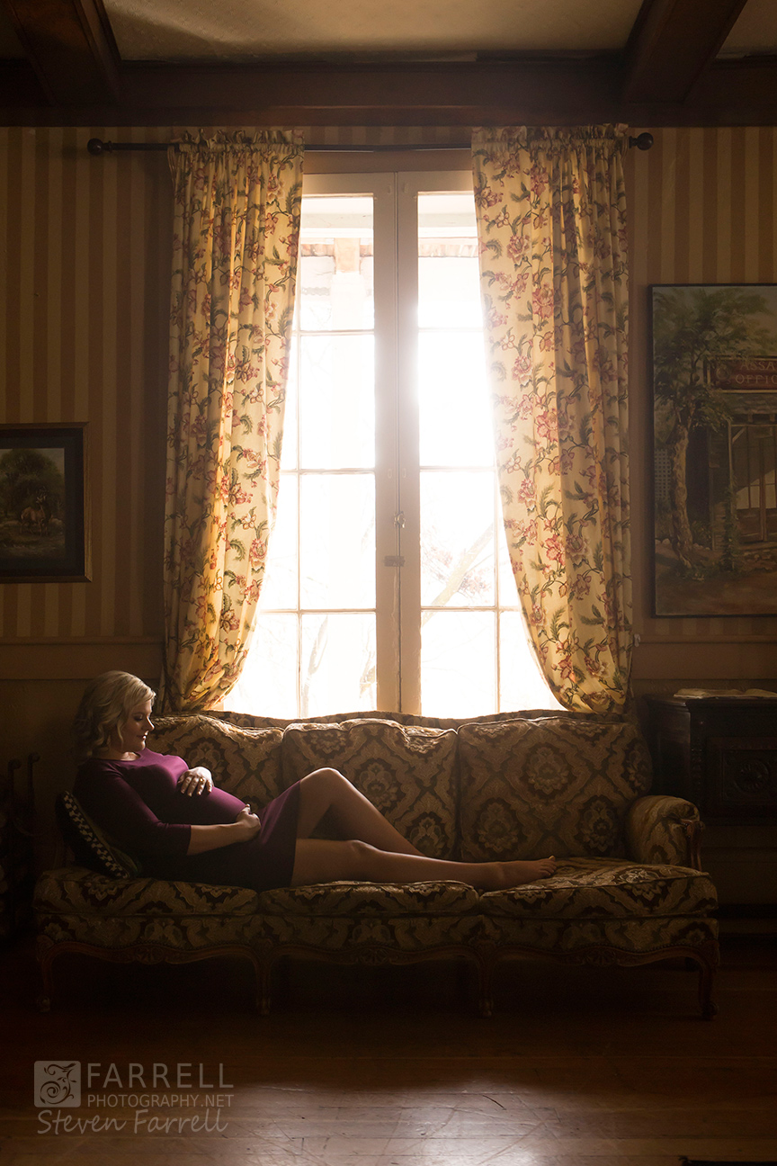 Iconic-Maternity-Portrait-by-Steven-Farrell-of-Farrell-Photograrphy-IMG_9128