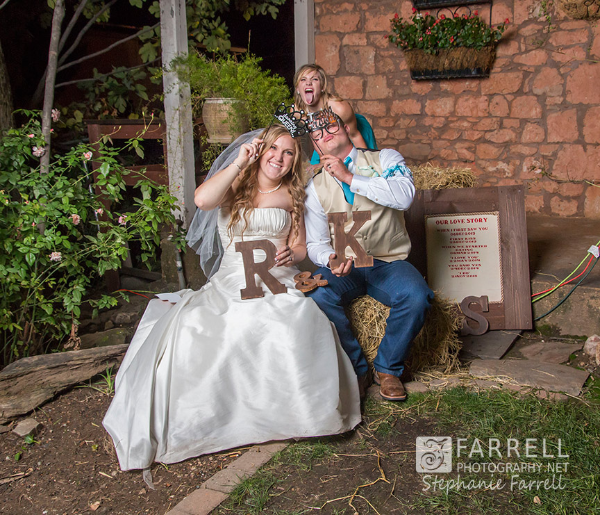 Hotel-Ledger-Wedding-in-Mokelumne-Hill-CA-by-Stephanie-Farrell-of-Farrell-Photography-IMG_4168