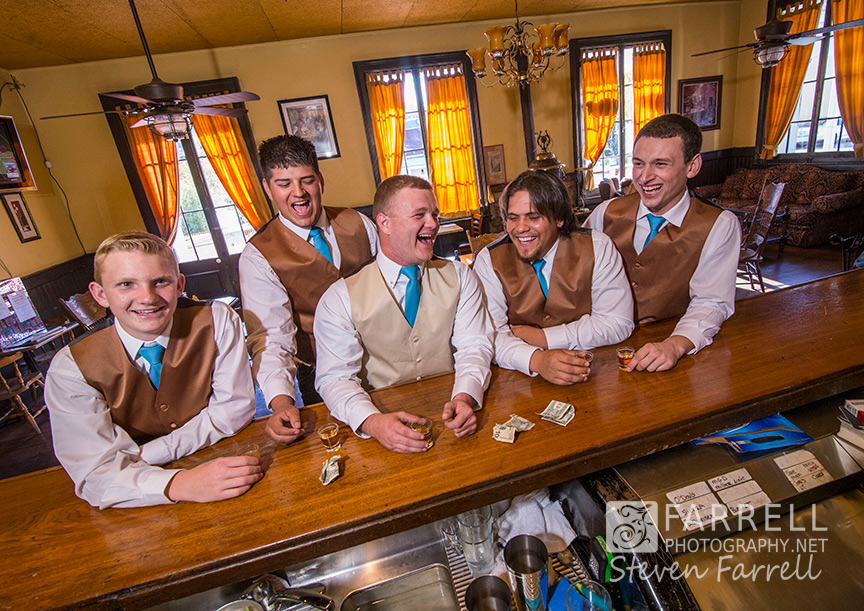 Hotel-Ledger-Wedding-in-Mokelumne-Hill-CA-by-Steven-Farrell-of-Farrell-Photography-IMG_1276