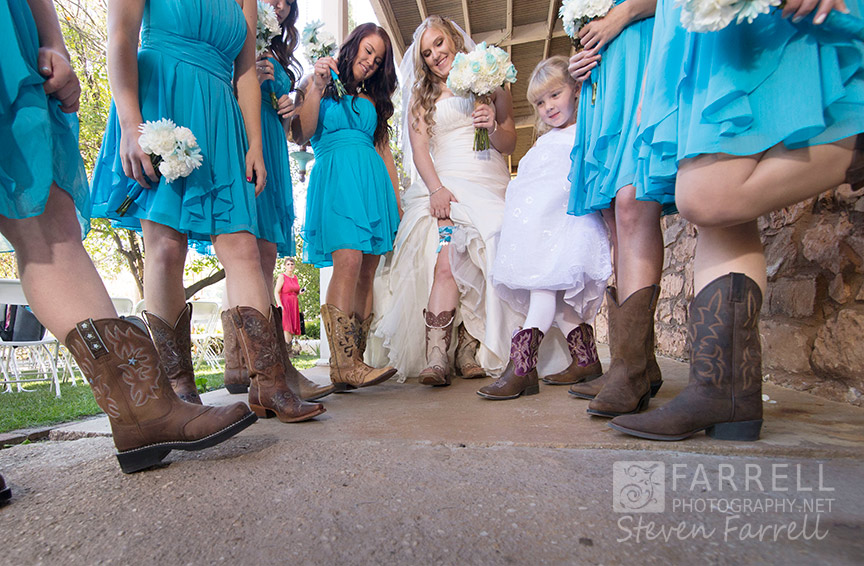 Hotel-Ledger-Wedding-in-Mokelumne-Hill-CA-by-Steven-Farrell-of-Farrell-Photography-IMG_1754a