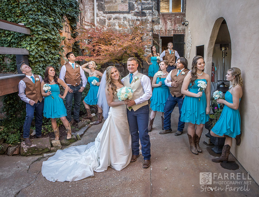 Hotel-Ledger-Wedding-in-Mokelumne-Hill-CA-by-Steven-Farrell-of-Farrell-Photography-IMG_1904
