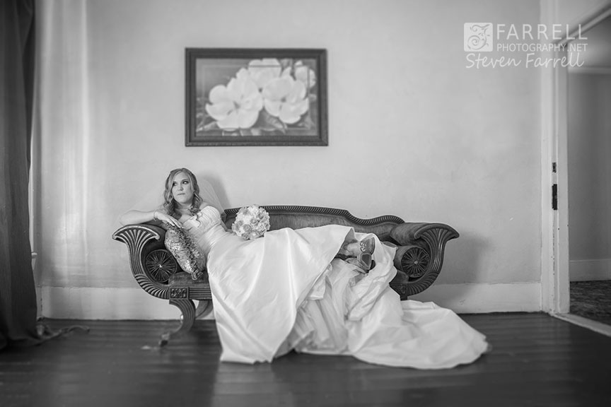 Hotel-Ledger-Wedding-in-Mokelumne-Hill-CA-by-Steven-Farrell-of-Farrell-Photography-IMG_1965