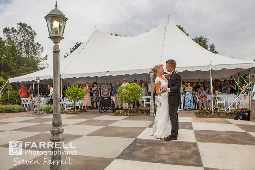 Willow-Creek-Events-Wedding-in-Browns-Valley-by-Steven-Farrell-of-Farrell-Photography-IMG-1868
