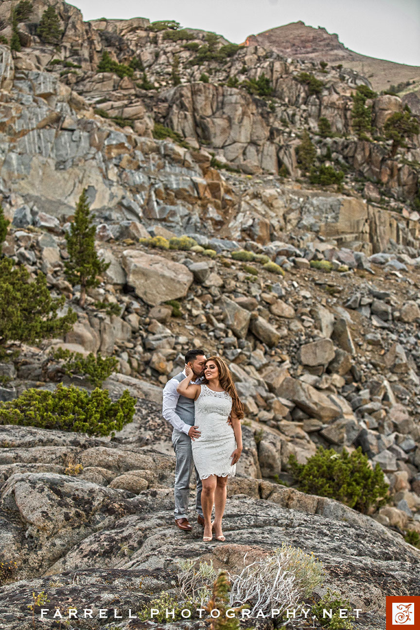 Kirkwoor-Silver-Lake-Sierra-Engagment-Photo-by-Steven-Farrell-of-Farrell-Photography-IMG_3188