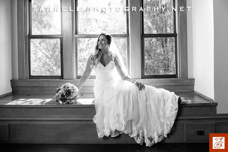scribner-bend-vineyards-wedding-by-steven-farrell-of-farrell-photography-img-2986a-gray-instagram