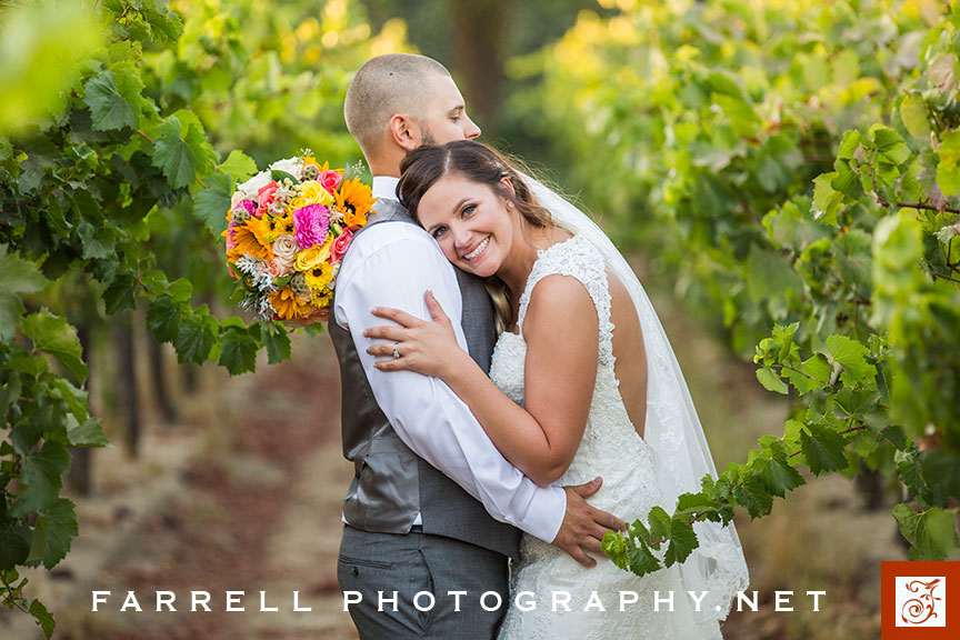 scribner-bend-vineyards-wedding-by-steven-farrell-of-farrell-photography-img_3701