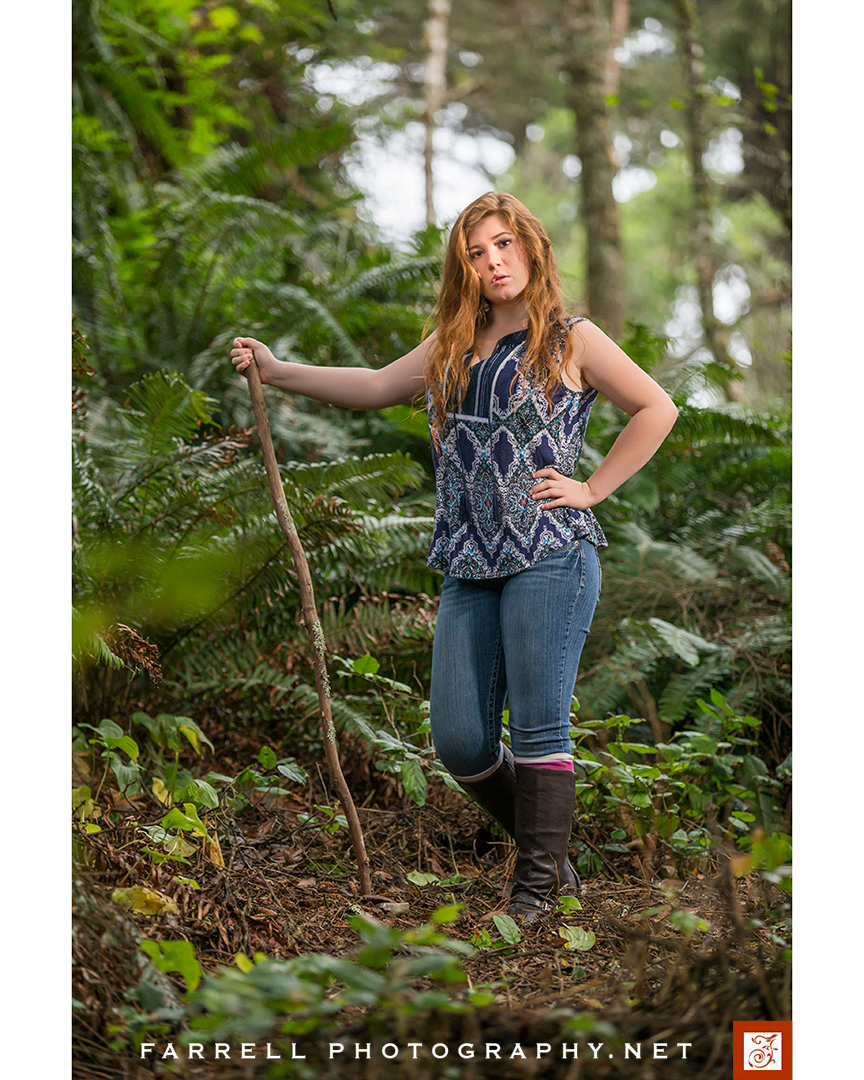 senior-portrait-ain-the-california-redwoods-with-red-hair-by-steven-farrell-of-farrell-photography-net-img_0646