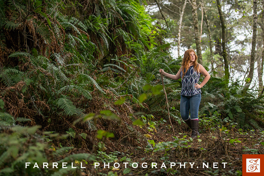 senior-portrait-ain-the-california-redwoods-with-red-hair-by-steven-farrell-of-farrell-photography-net-img_0649