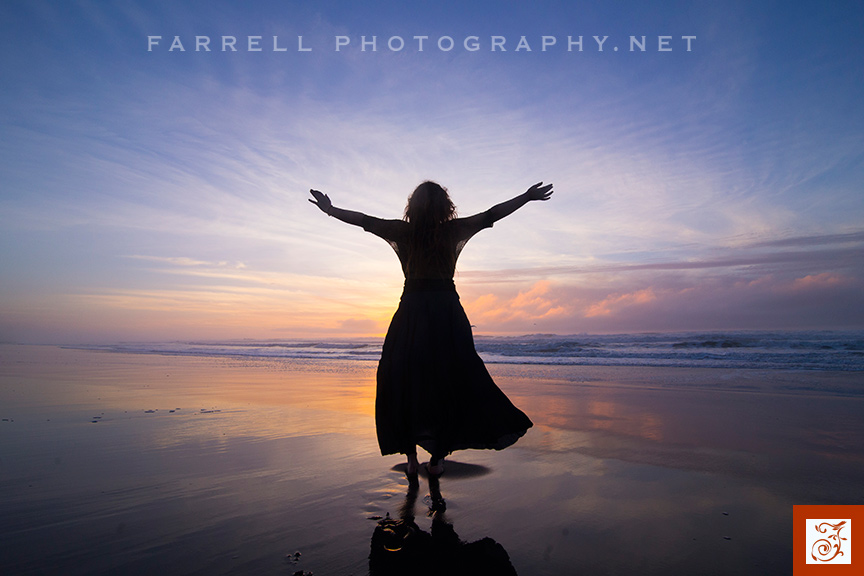 senior-portrait-at-the-ocean-with-waves-in-california-by-steven-farrell-of-farrell-photography-net-img_9769